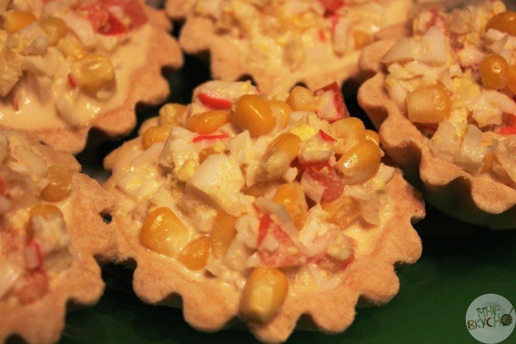 krabovyj-salat-v-tartaletkah