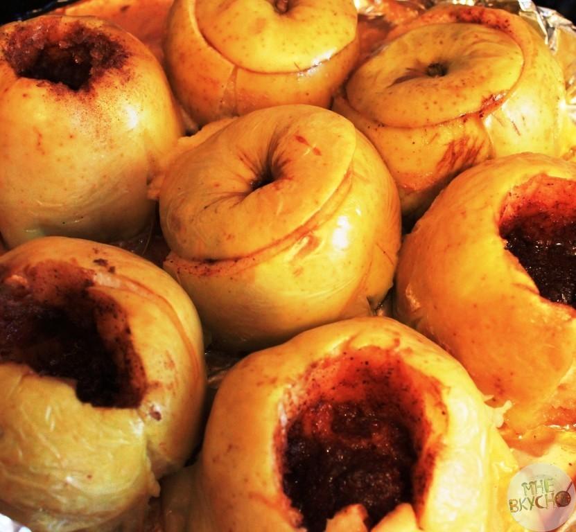 Печеные яблоки с корицей на сковороде - полезный рецепт десерта, где минимум калорий