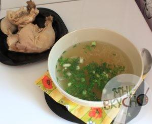 Куриный бульон: прозрачный, вкусный и полезный - рецепт с фото