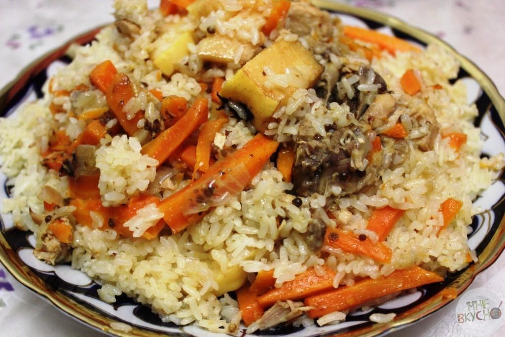 Плов из красного риса с курицей - рецепт пошаговый с фото