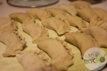Вареники с картошкой и творогом - вкусно как у мамы: 2 рецепта с фото пошагово