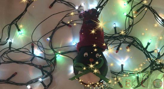 Новогодняя игрушка пингвиненок из лампочки - пошаговый мастер-класс