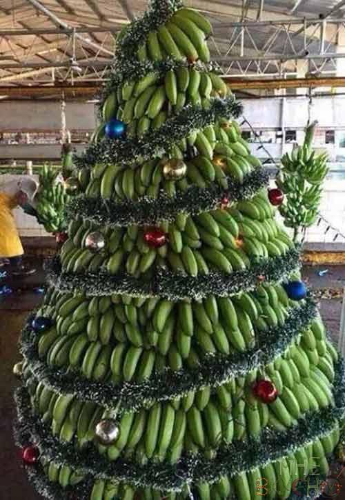 elka-iz-bananov