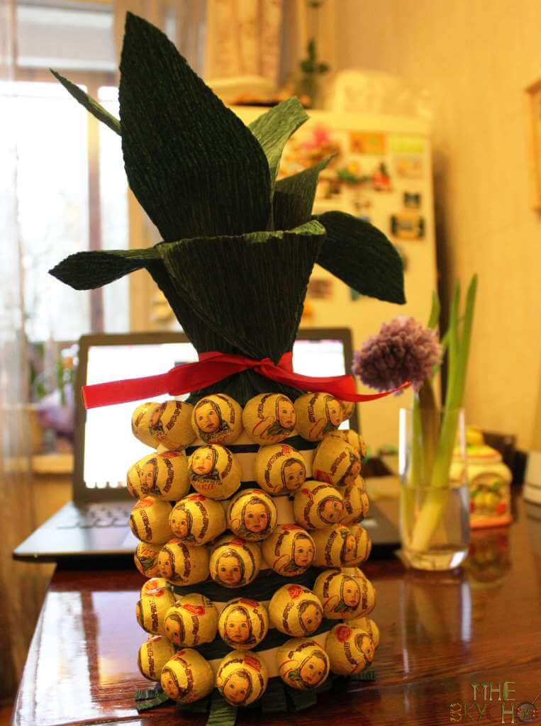 ananas-s-konfetami