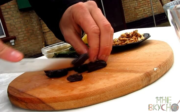 Салаты с курицей - очень вкусные и простые рецепты