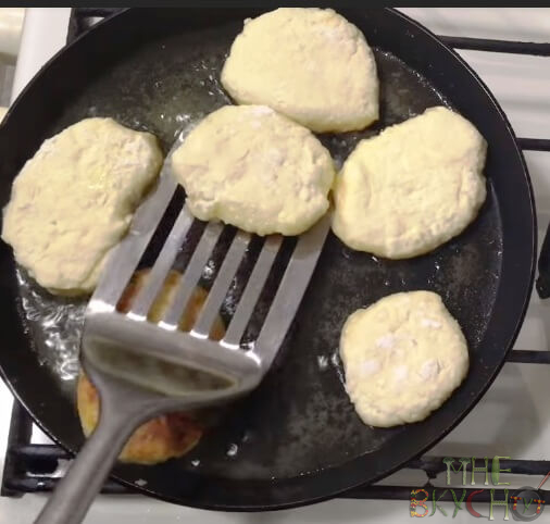 Сырники из творога - как приготовить вкусные сырники в домашних условиях