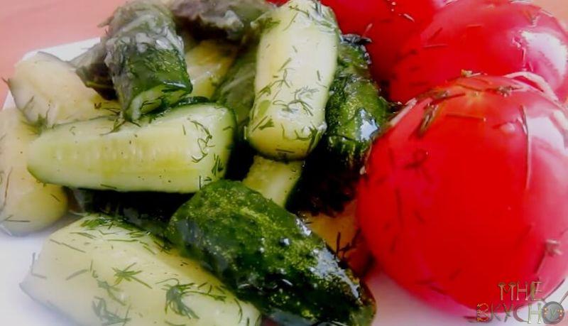 assorti-iz-pomidorov-i-ogurcov-v-pakete